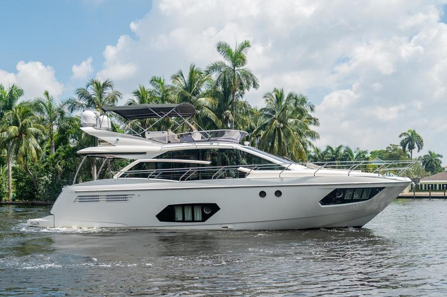 Photo of 56' Absolute Fly 2015
