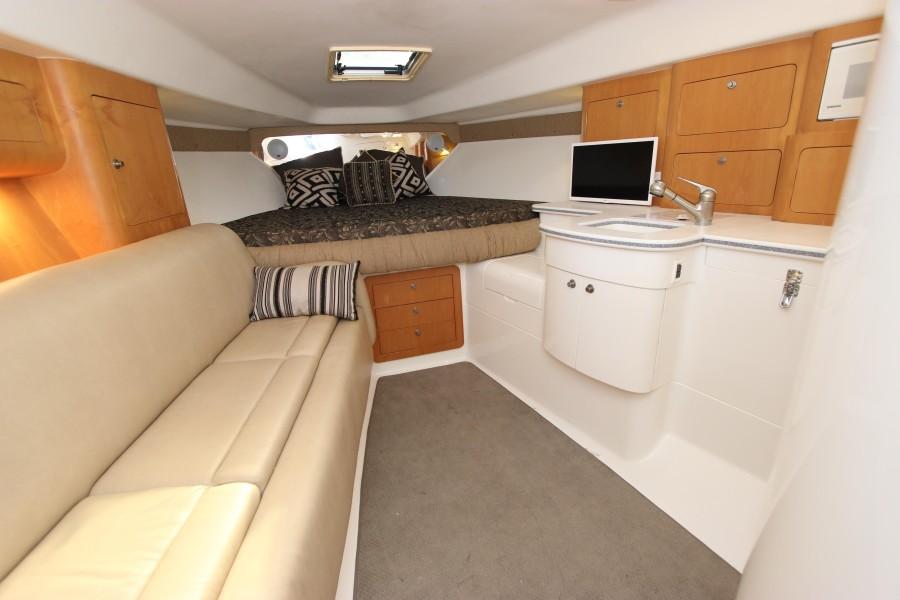 2001 37 Intrepid WA - Cabin Interior