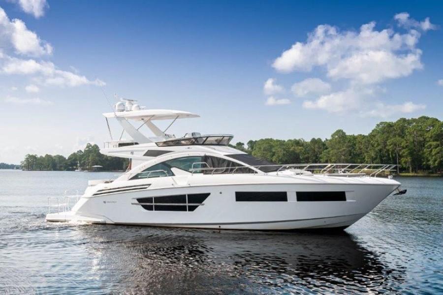 Photo of 60' Cruisers Yachts 60 Flybridge 2020