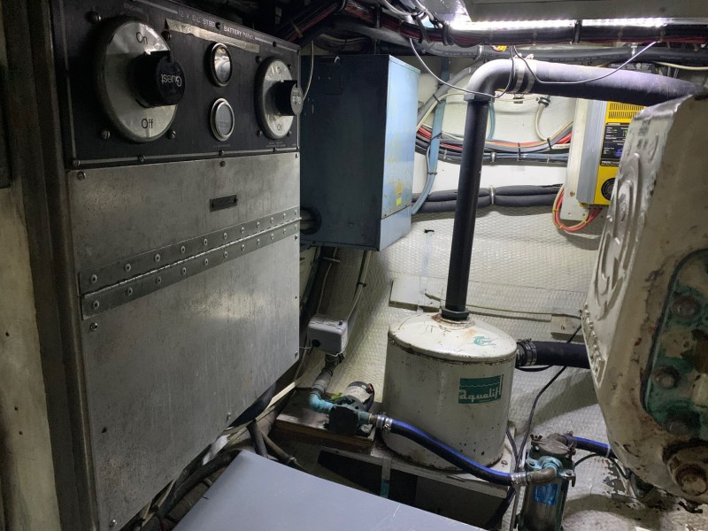 Battery Switches and  Aqualift Genset Muffler