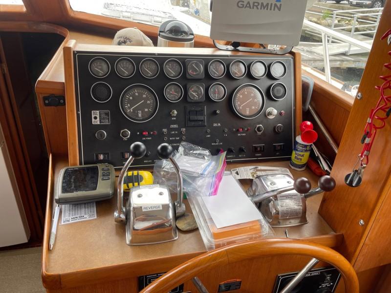 Lower Helm Station - Starboard Forward
