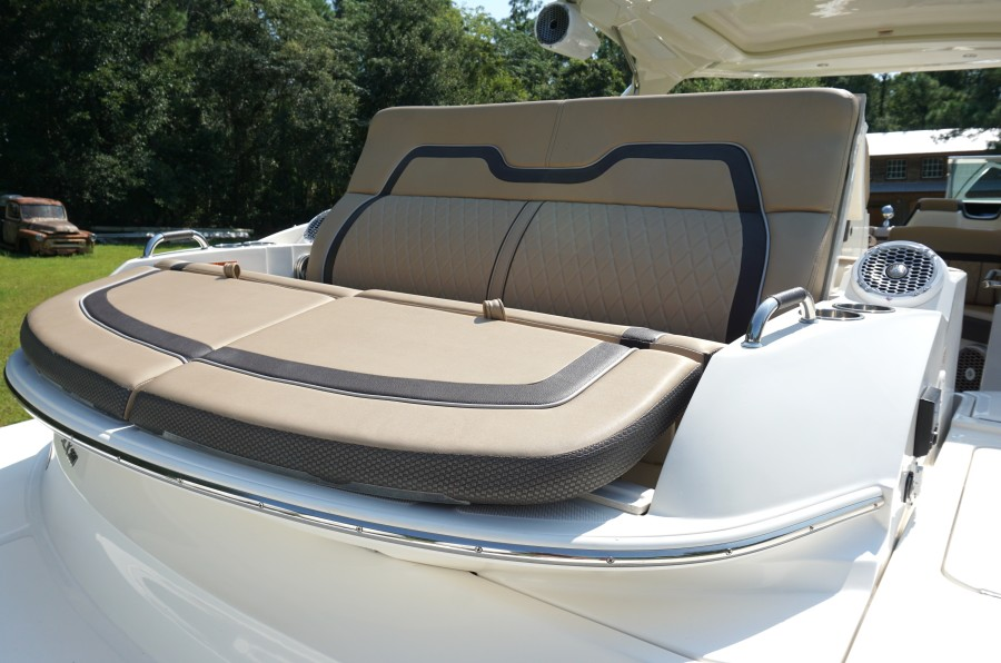 2017 35 Sea Ray 350 SLX The Angelique Aft Layout Seat (3)