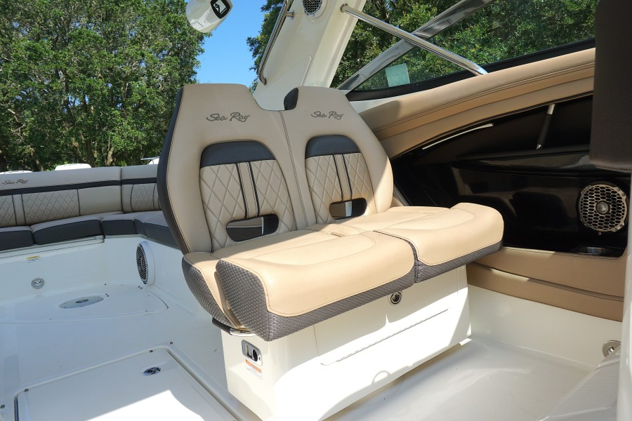 2017 35 Sea Ray 350 SLX The Angelique Co Captains Chairs