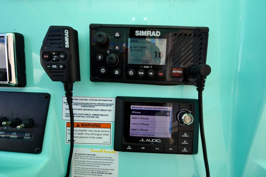Simrad VHF