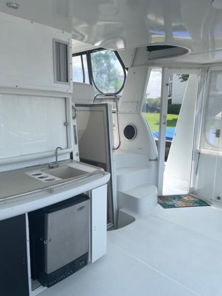 1996 46 Carver 455 Motor Yacht LA Breeze Aft Deck (2)