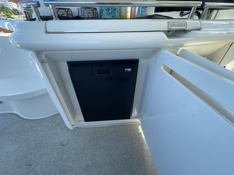 2007 52 Sea Ray Sundancer - Chillin Like Magellin - Cockpit Refrigerator