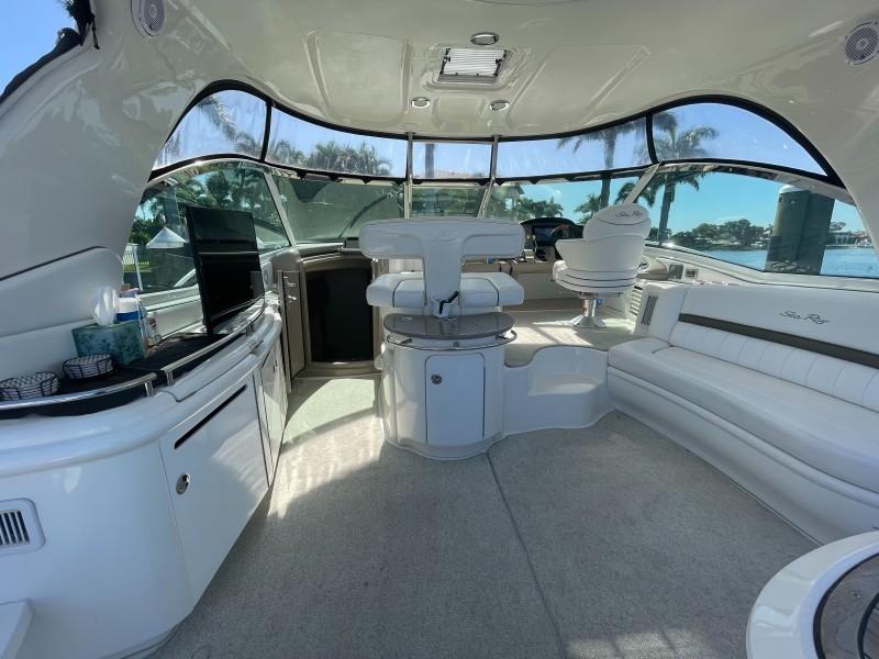 2007 52 Sea Ray Sundancer - Chillin Like Magellin - Cockpit