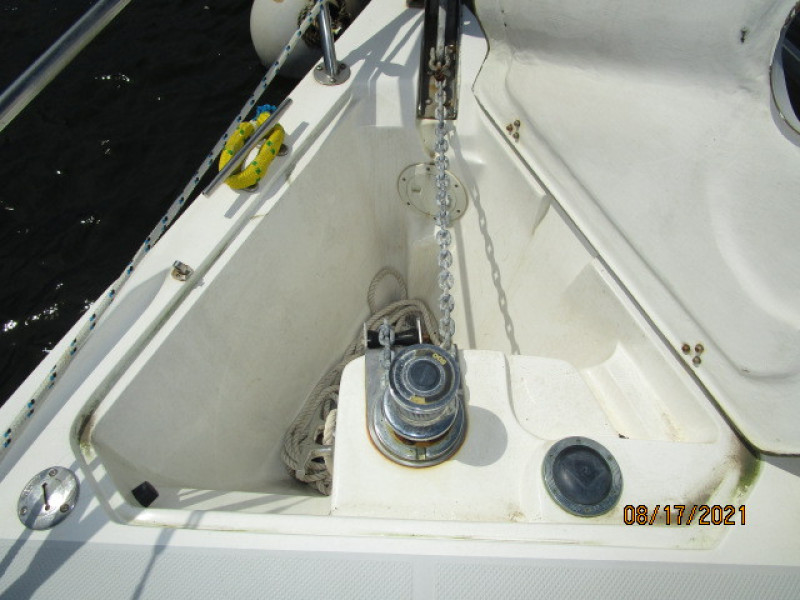 34' Catalina anchor windlass uncovered