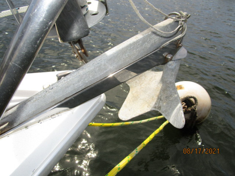 34' Catalina anchor