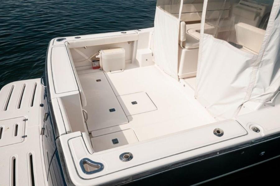 2005 Tiara 32 Open-Diana-Cockpit