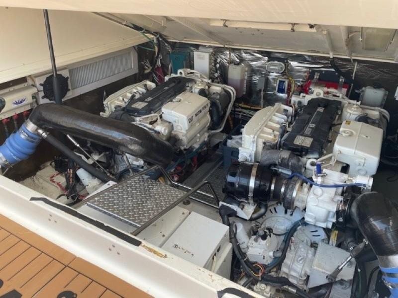 2008 36 Albemarle 360XF Kraken Engine Room (2)