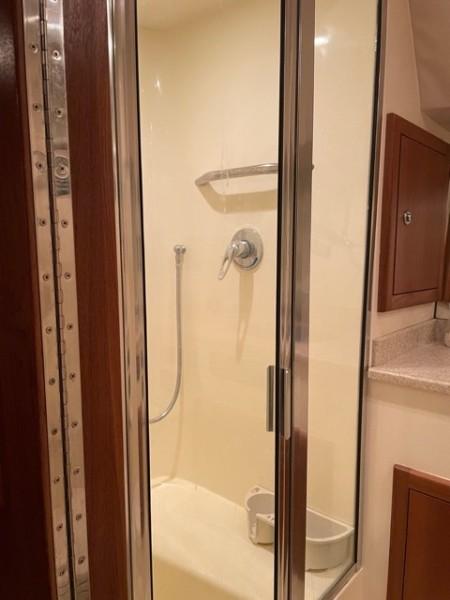 2008 36 Albemarle 360XF Kraken Shower