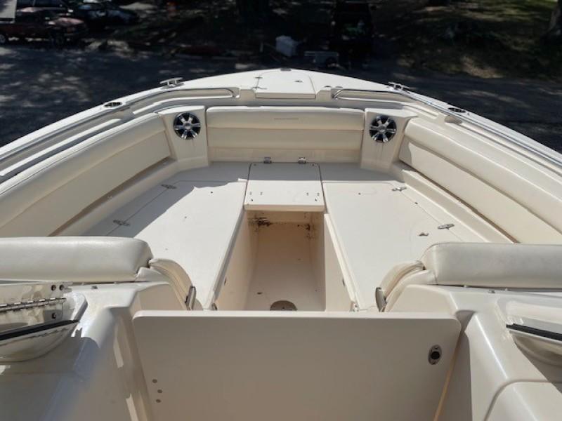 Grady White 32 - Ardea - Deck