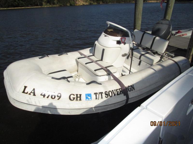 43' Mainship tender1