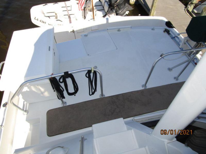 43' Mainship trunk cabin aft