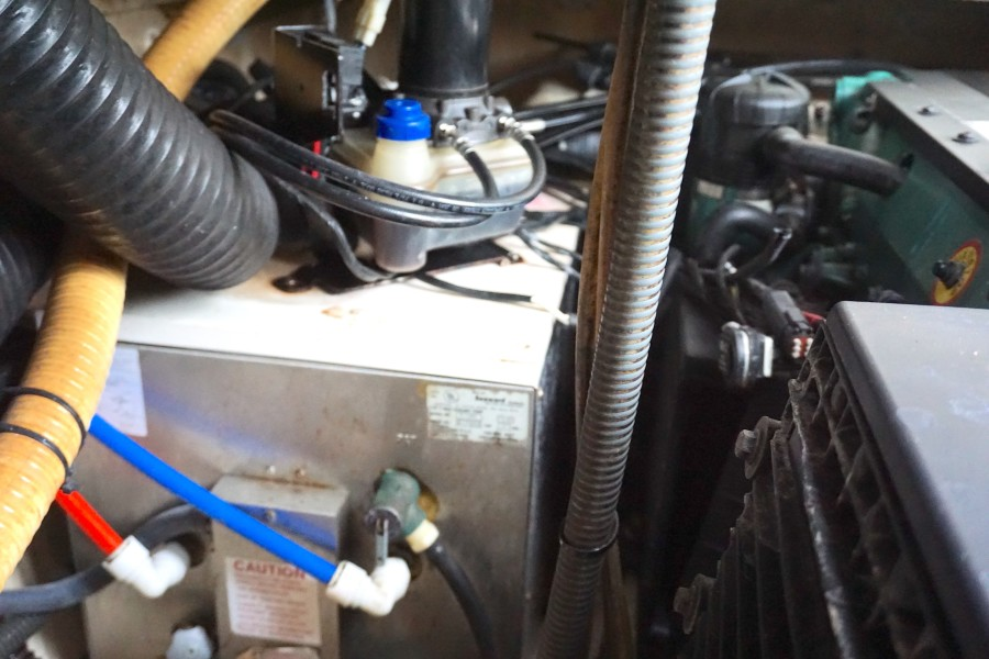 2005 37 Formula 37 PC No Name Water Heater