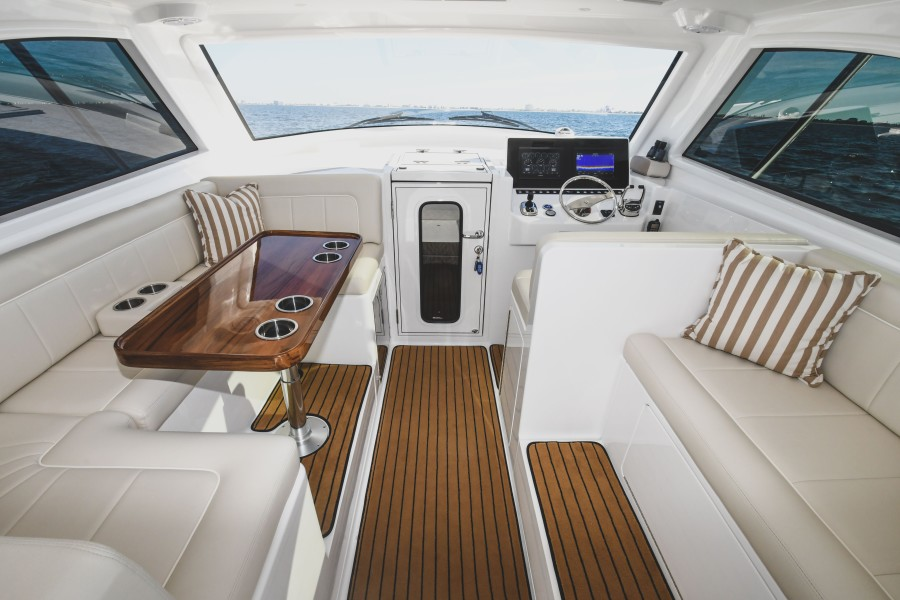 2021 38 Viking Billfish - Marie Beth - Command Deck