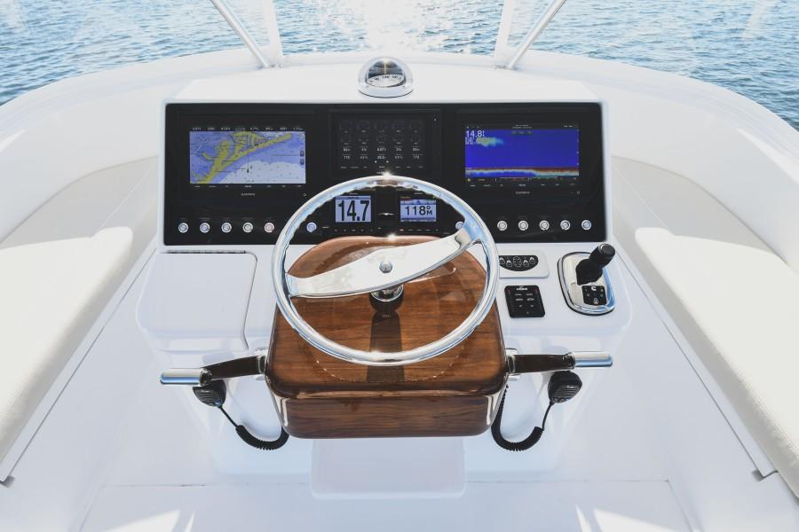 2021 38 Viking Billfish - Marie Beth - Flybridge Helm