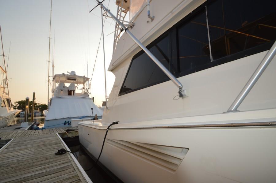 1990 Viking 38 Convertible