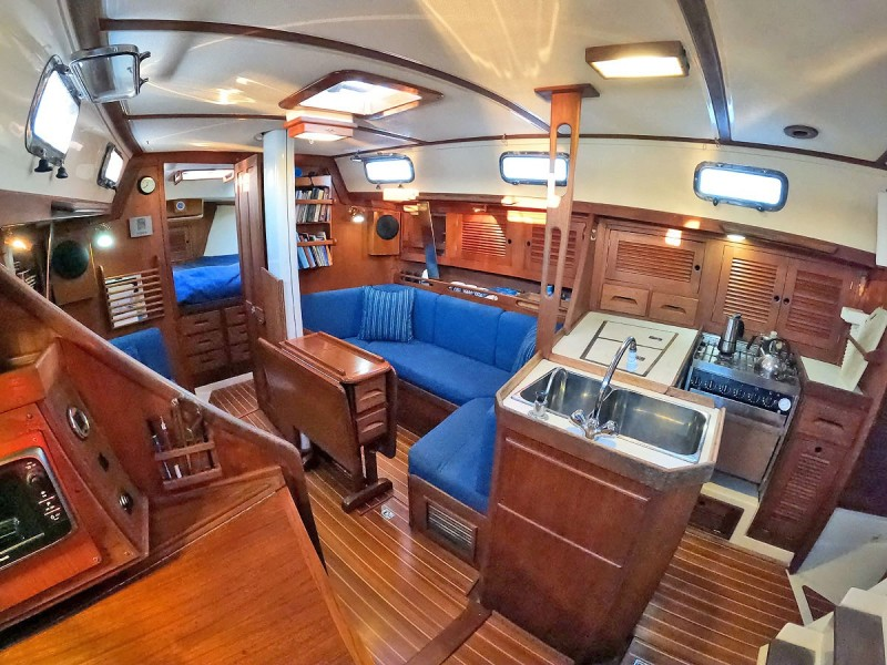 Galley and Starboard Salon