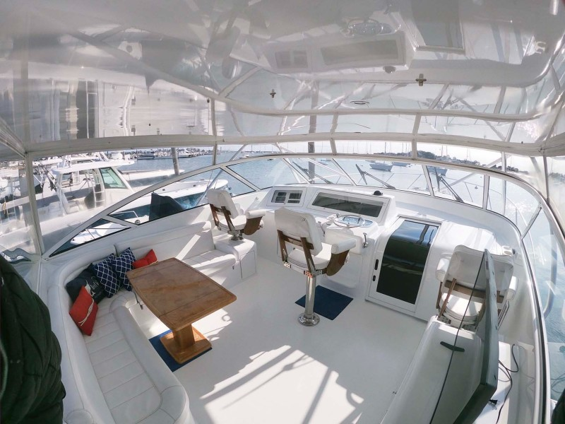 Flybridge and Cabin Entry