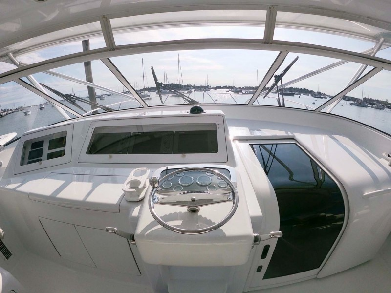 Flybridge Helm and Cabin Entry