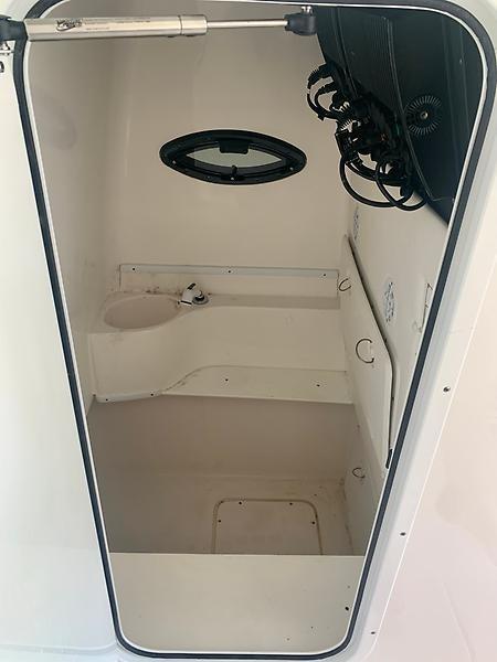 Contender 32 - Verdier - Storage