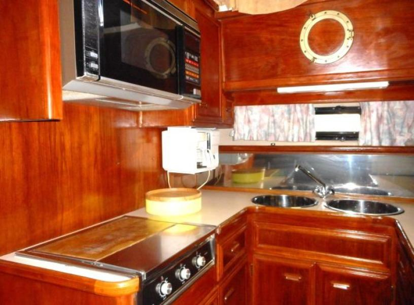 1988 Carver 4207 Aft Cabin Motor Yacht galley stove and oven
