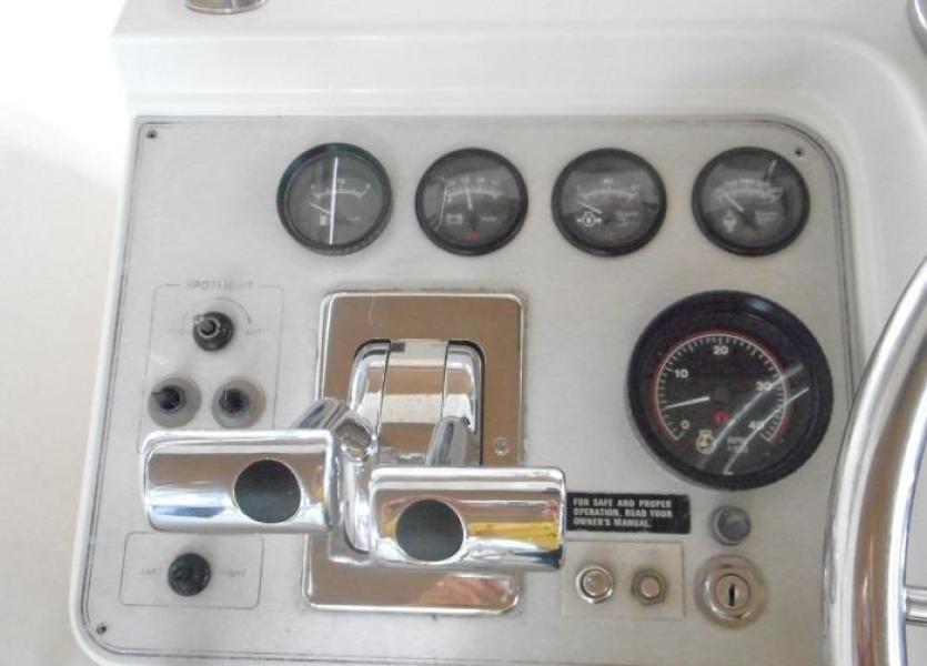 1988 Carver 4207 Aft Cabin Motor Yacht port helm instruments
