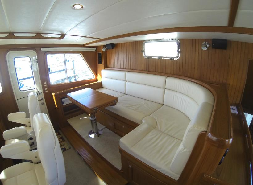 Settee That Converts To Double Watch Berth