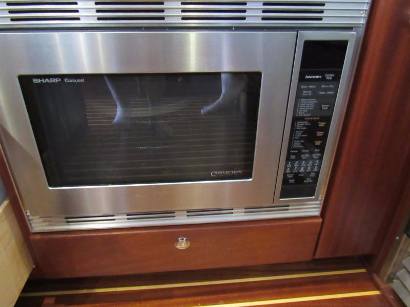 Sharp Microwave/Convection
