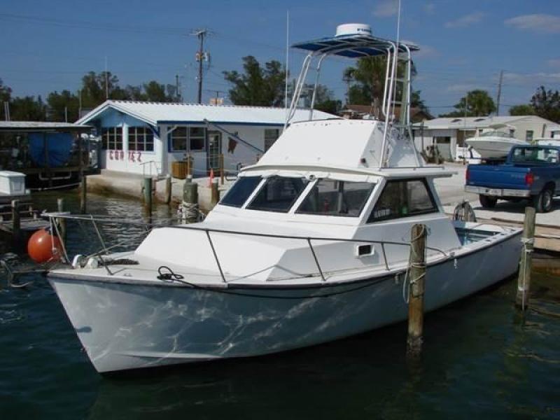 1985 Morgan 31 Off Shore Fishing Cuddy