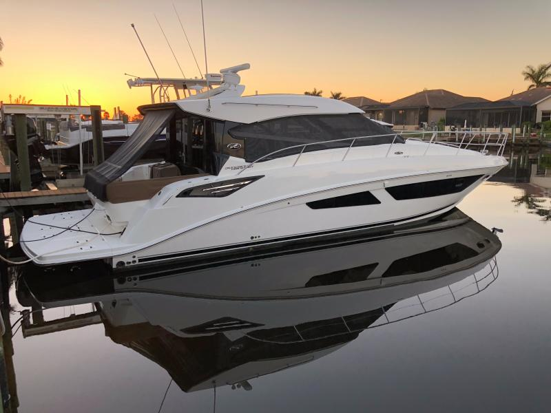 photo of 47' Sea Ray 470 Sundancer 2015