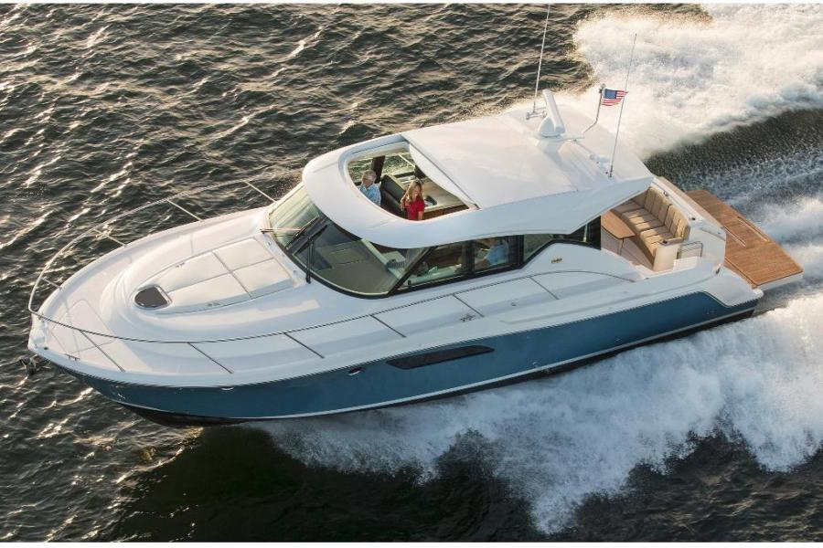 photo of 44' Tiara 44 Coupe 2016