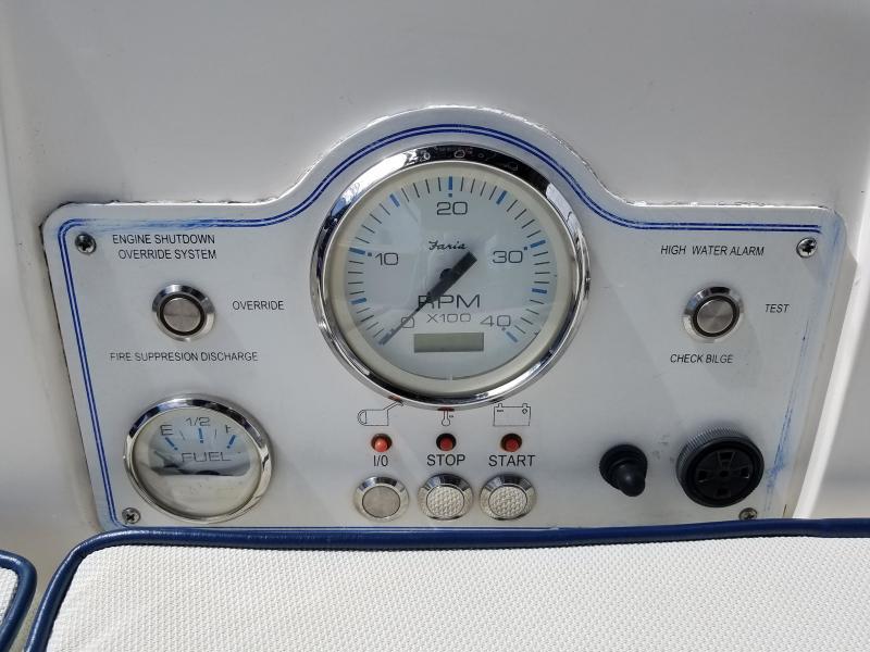 Hunter E33  Engine Instrumentation