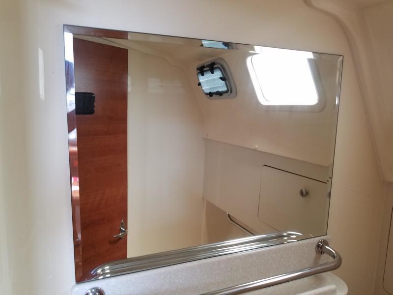 Hunter E33  head's mirror