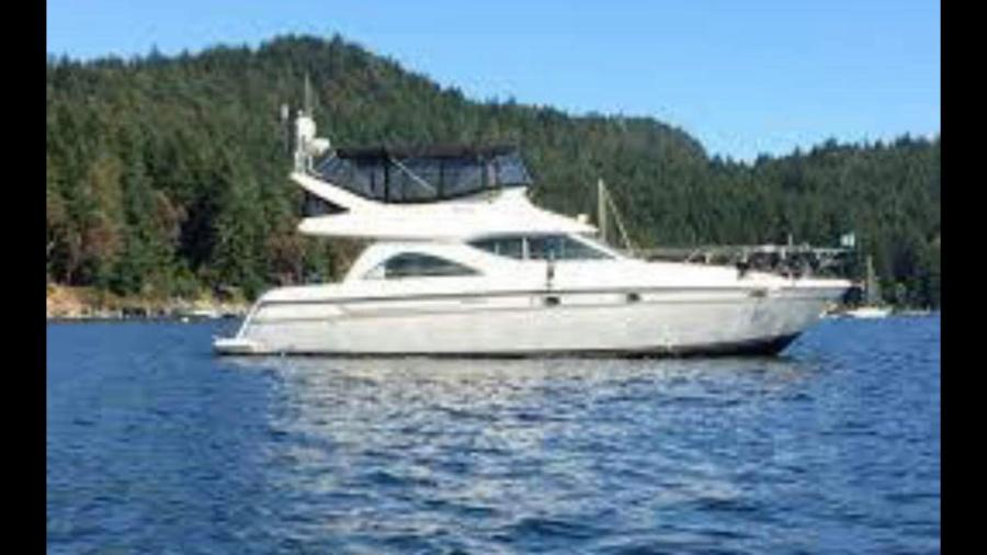 Photo of 46' Maxum 4600 SCB 1998