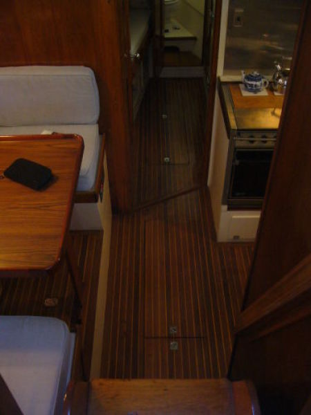 Galley/Dinette Passageway to Crew Quarters