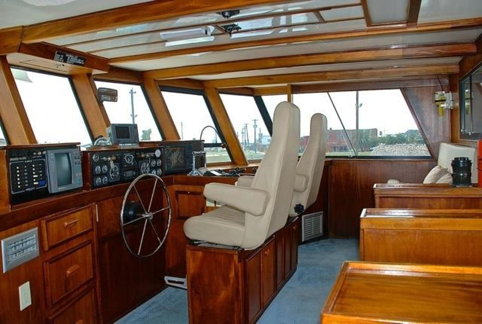 Infinity-Cockpit Motor Yacht 2001-Dont Matter Houston-Texas-United States-Pilothouse Helm View 1-1005557 | Thumbnail