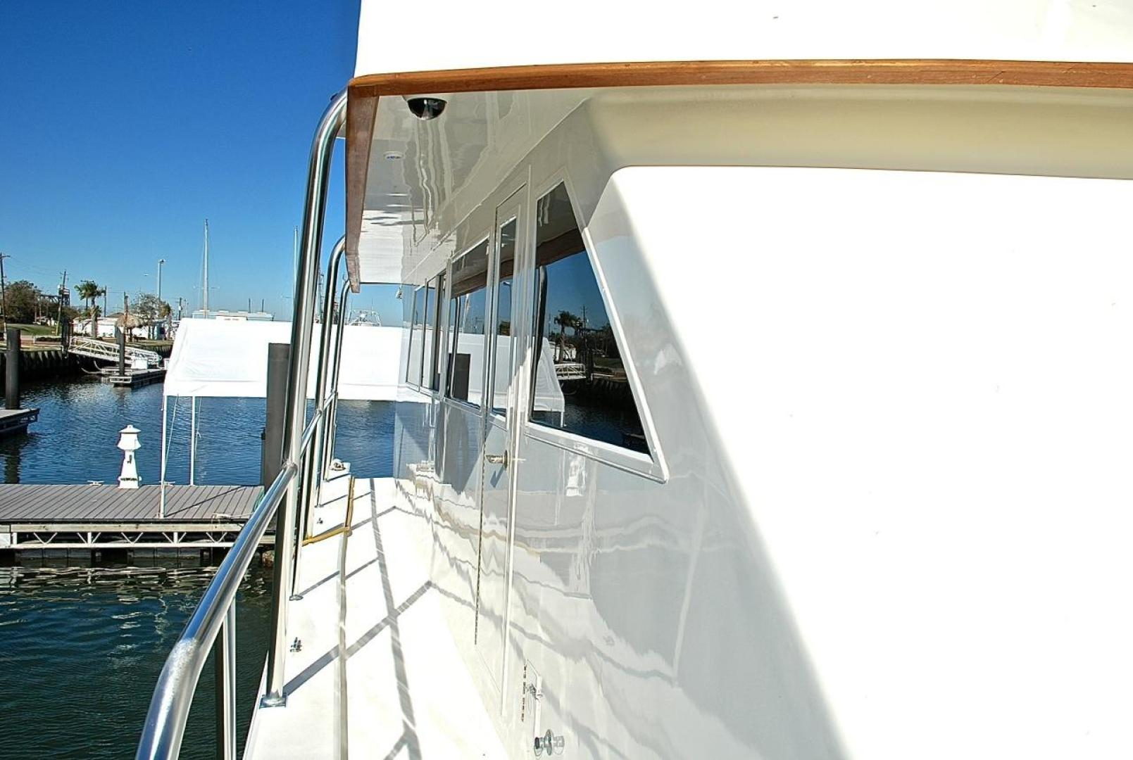 Infinity-Cockpit Motor Yacht 2001-Dont Matter Houston-Texas-United States-Side Deck Aft View-1005576 | Thumbnail