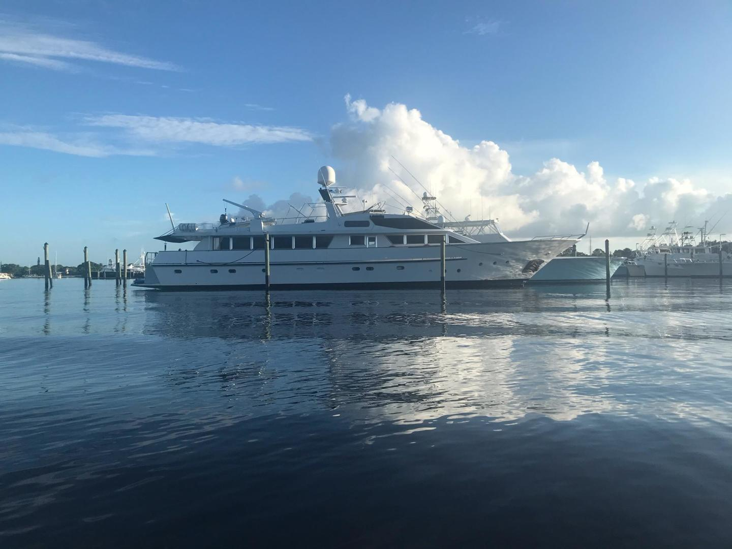 Picture Of: 112' Benetti Custom Lloyds M.Y. 1983 Yacht For Sale | 1 of 87