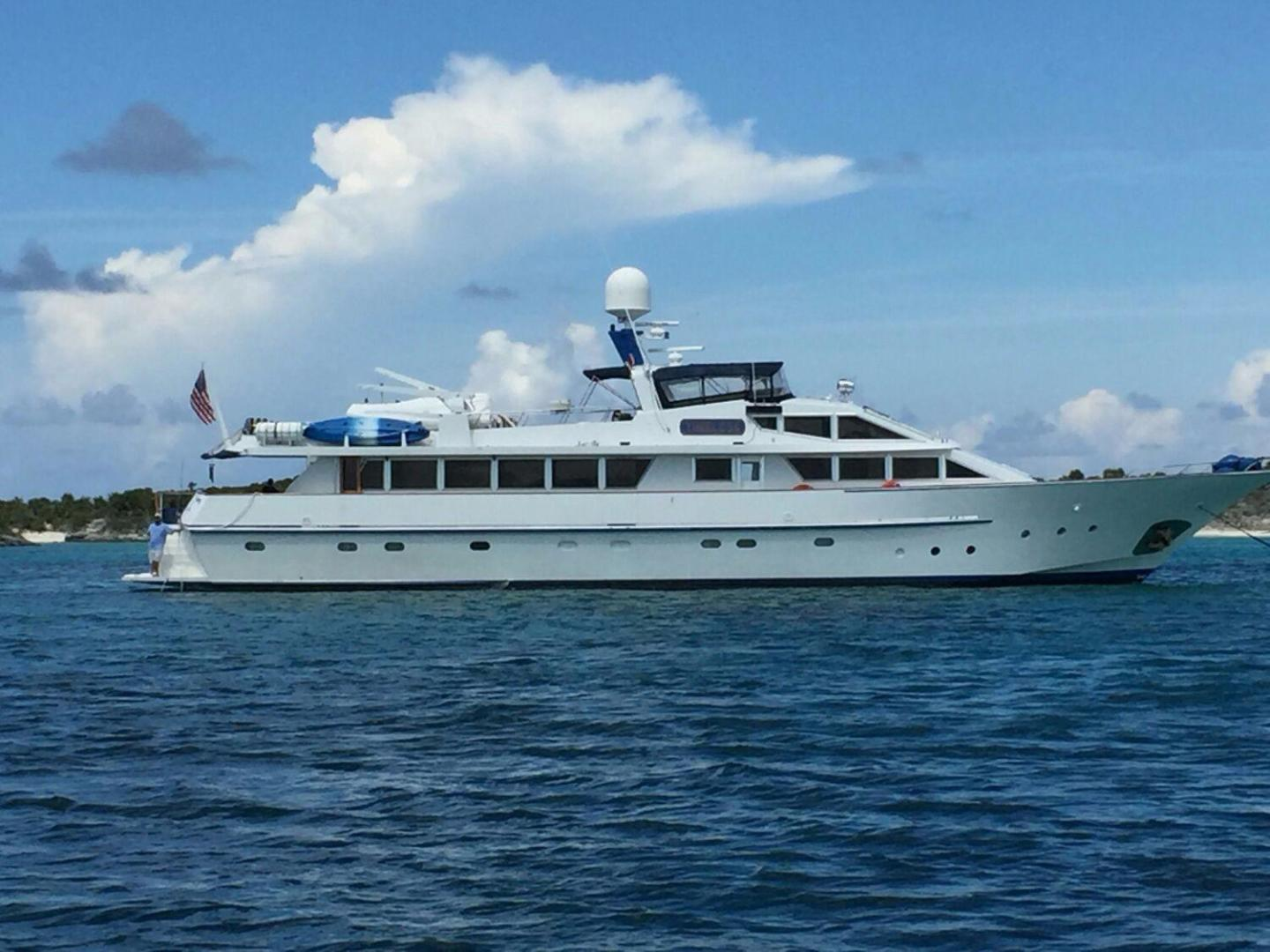 Picture Of: 112' Benetti Custom Lloyds M.Y. 1983 Yacht For Sale | 2 of 87