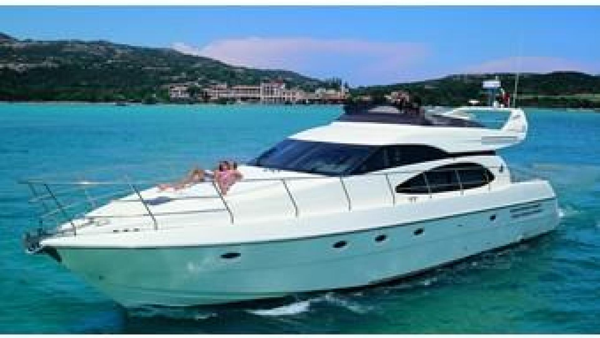 Picture Of: 58' Azimut 58 2002 Yacht For Sale | 2 of 37