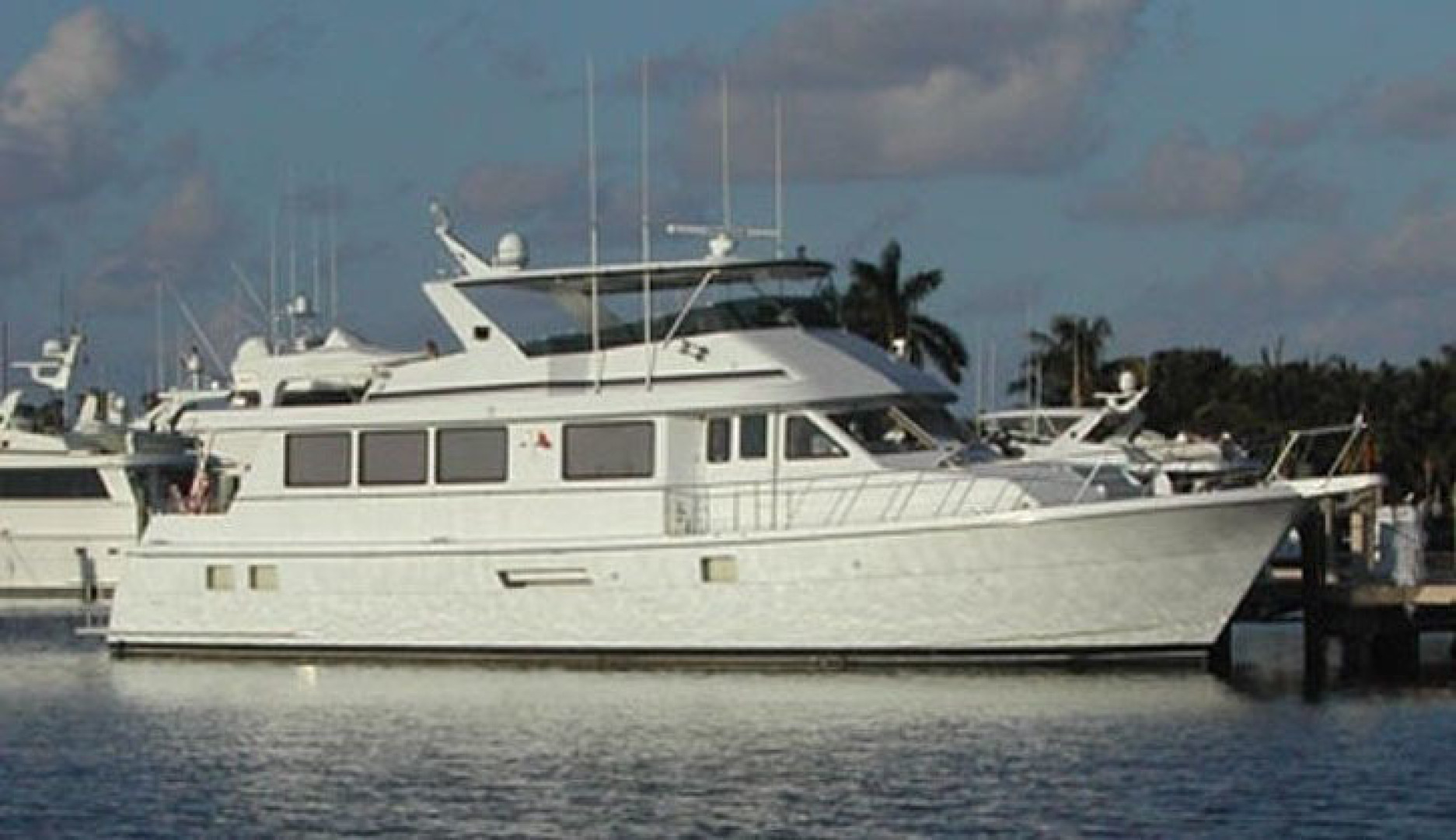 Picture Of: 74' Hatteras Sport Deck 1998 Yacht For Sale | 1 of 1