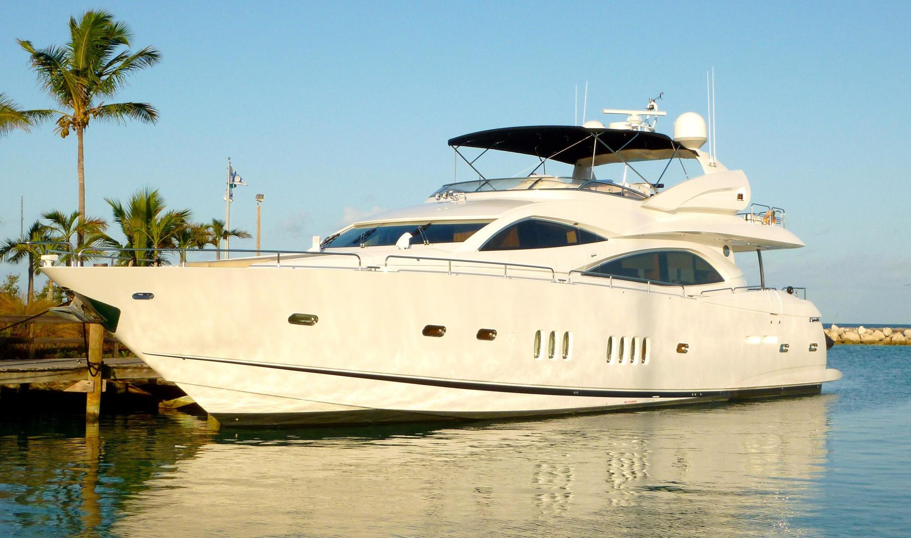 90' Sunseeker, Listing Number 100806979, - Photo No. 3