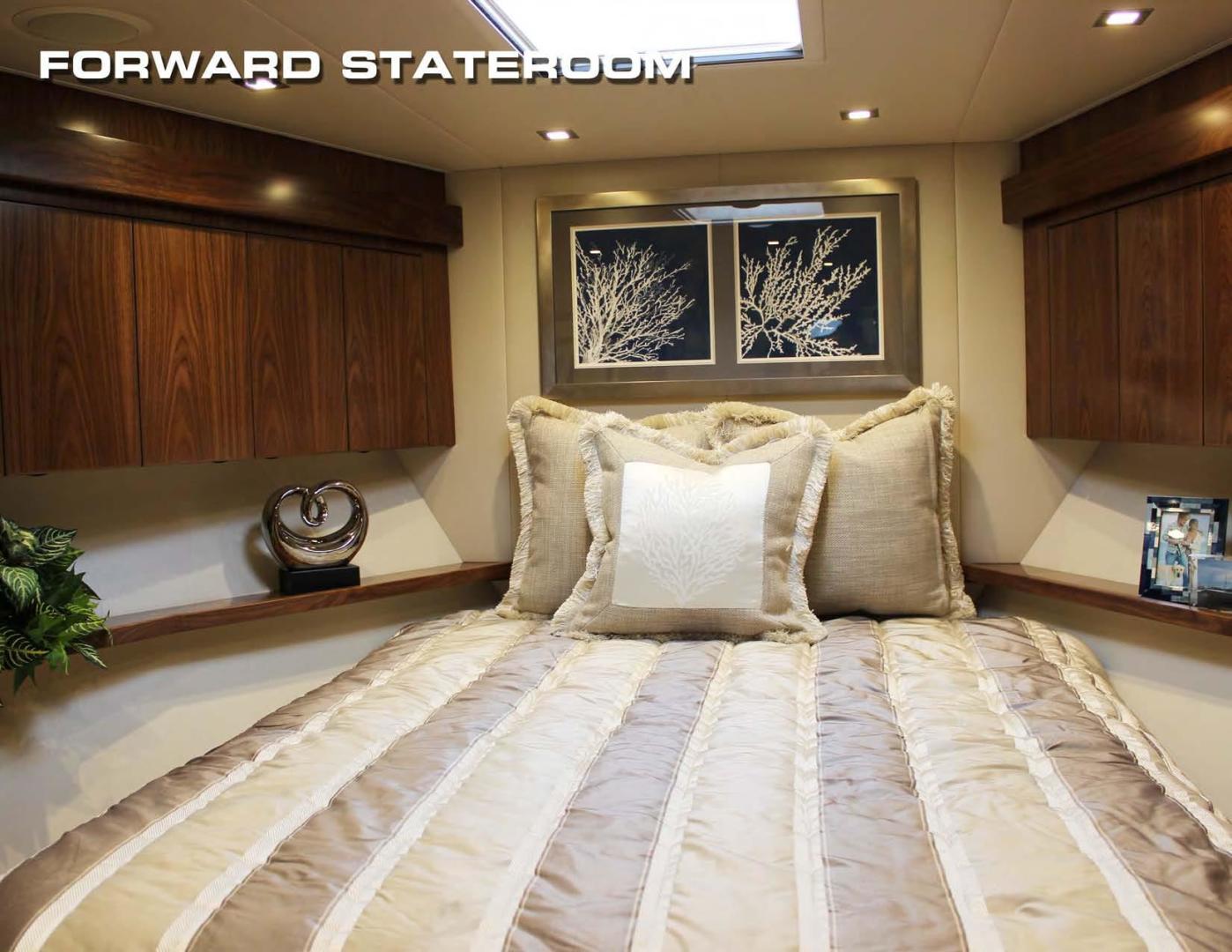 Viking 80 - Forward VIP Stateroom