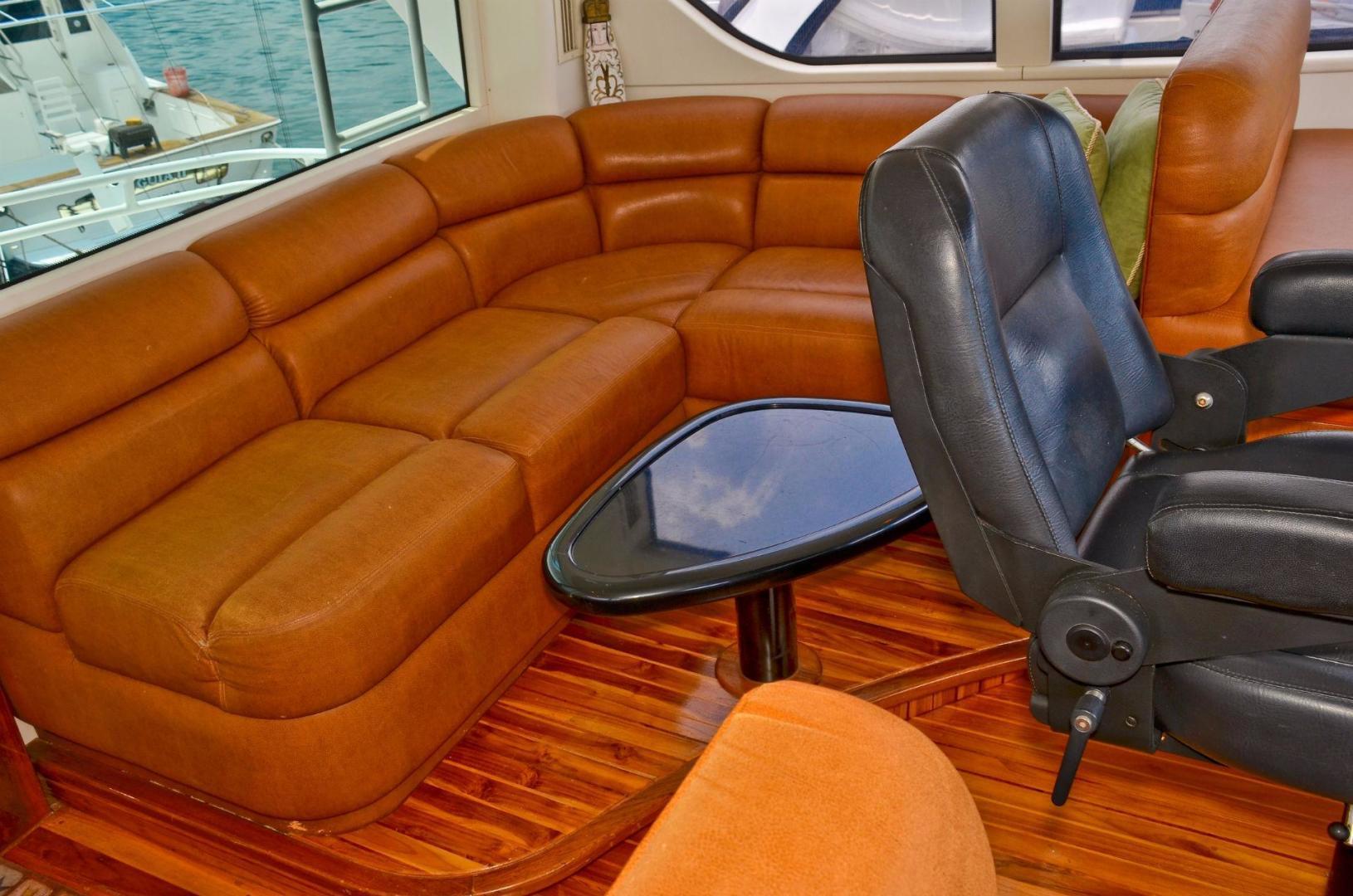 Viking 61 - Dushi - Flybridge Lounge