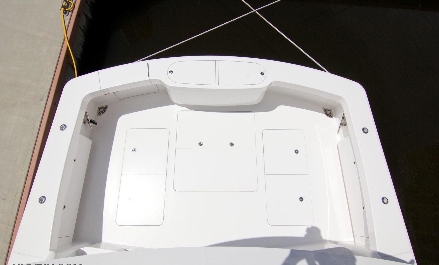 Viking 62 - Cockpit