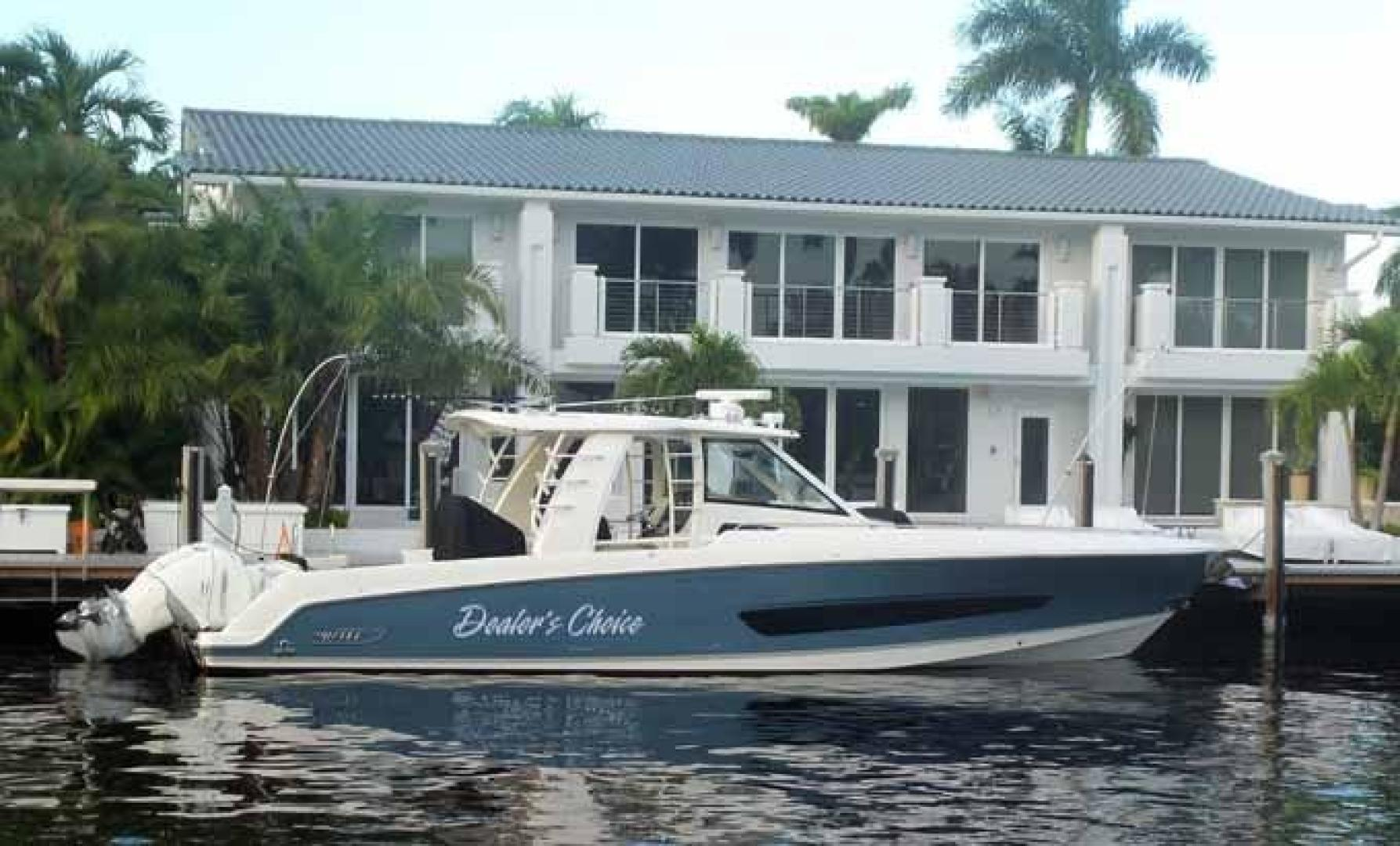 Boston Whaler-Outrage 42 2016-DEALERS CHOICE Ft. Lauderdale-Florida-United States-PROFILE-1058240 | Thumbnail
