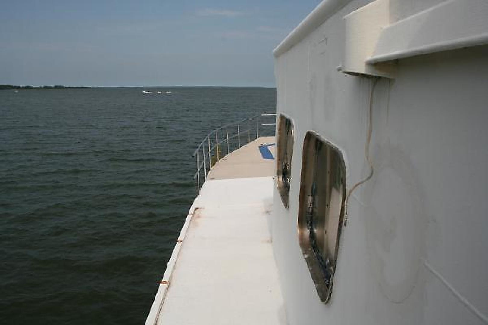 Custom-DEFOE SHIPBUILDING Explorer 1945-Keyport Gloucester Point-Virginia-United States-938482 | Thumbnail